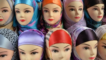 mannequins waring the hijab